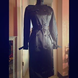 Gorgeous!Yes its Authentic /Givenchy Trench coat